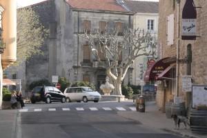 Le centre village de Châteauneuf du Pape